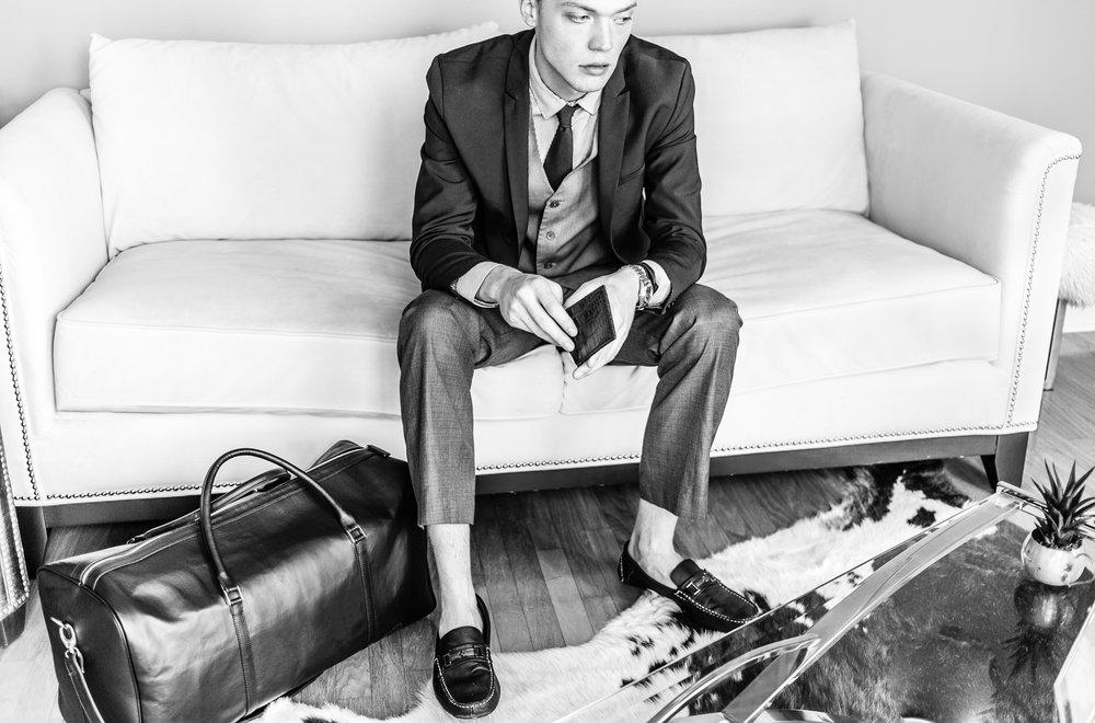 men_fashion_editorial_leather_mood_inspiration-.jpg