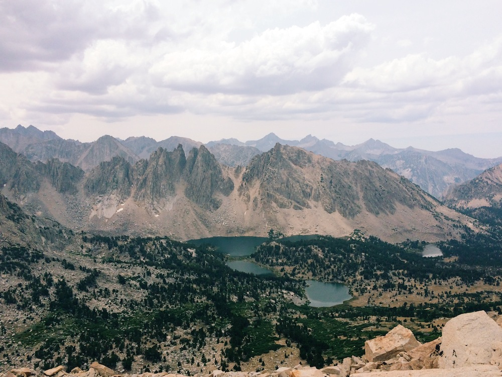 Lakes and granite peaks dot the landscape on the Kings Canyon National Park side of Kearsarge Pass.