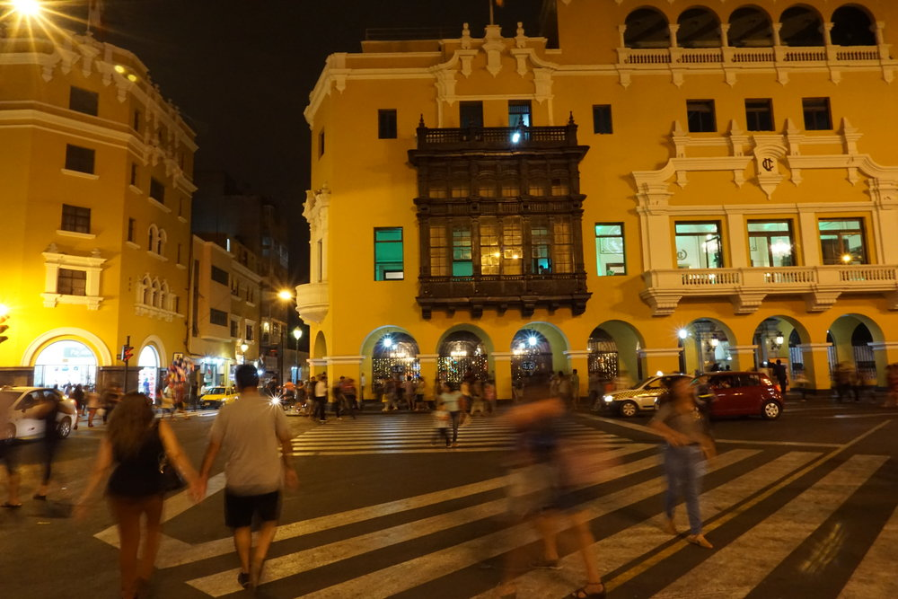 Nightlife, Plaza Mayor
