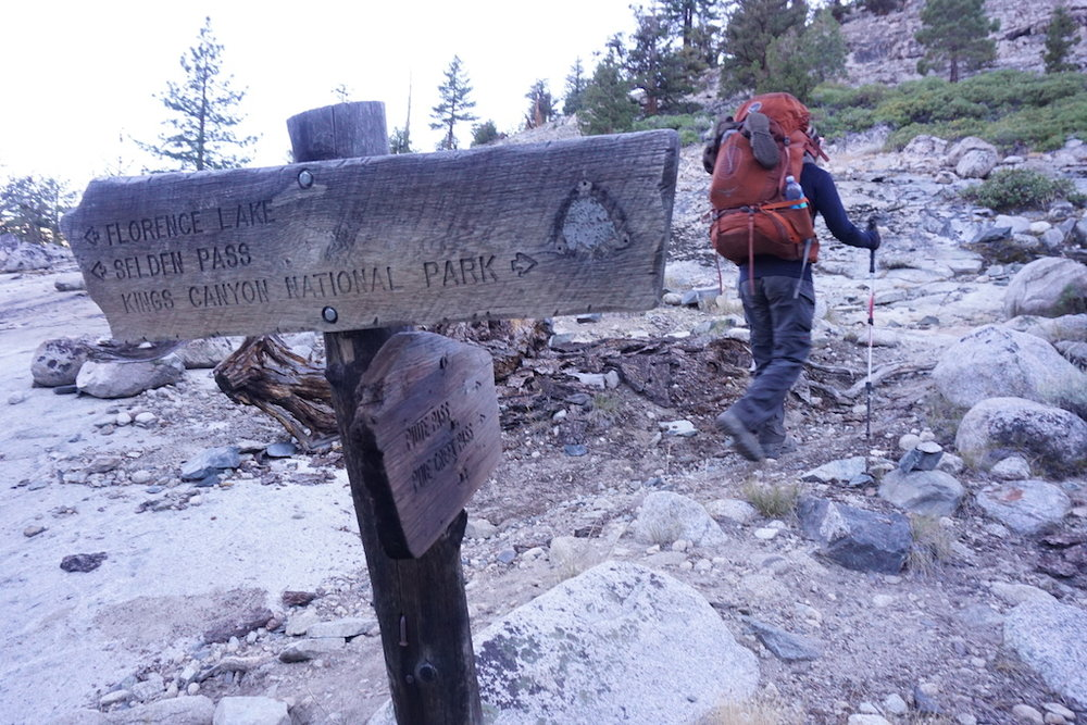 Leaving the JMT and turning onto the Piute Pass trail