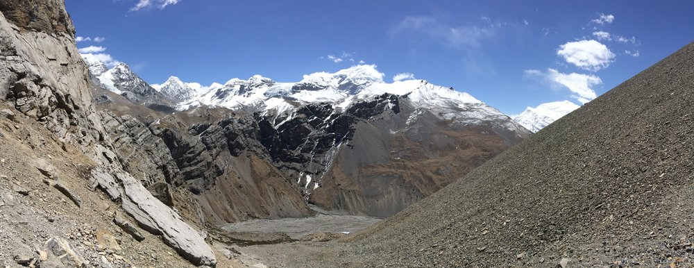 Looking back at the relentless climb from Thorung Phedi toward High Camp