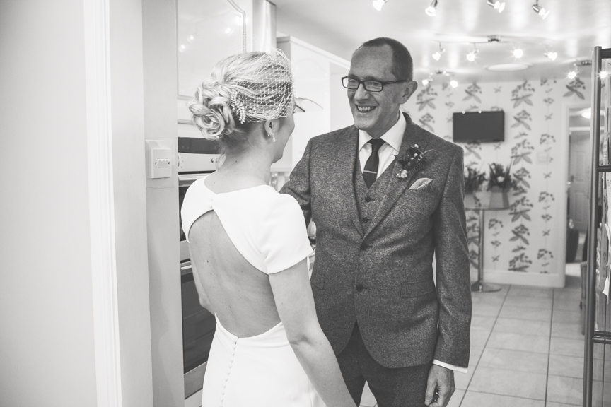 Bride_prep-1064.jpg