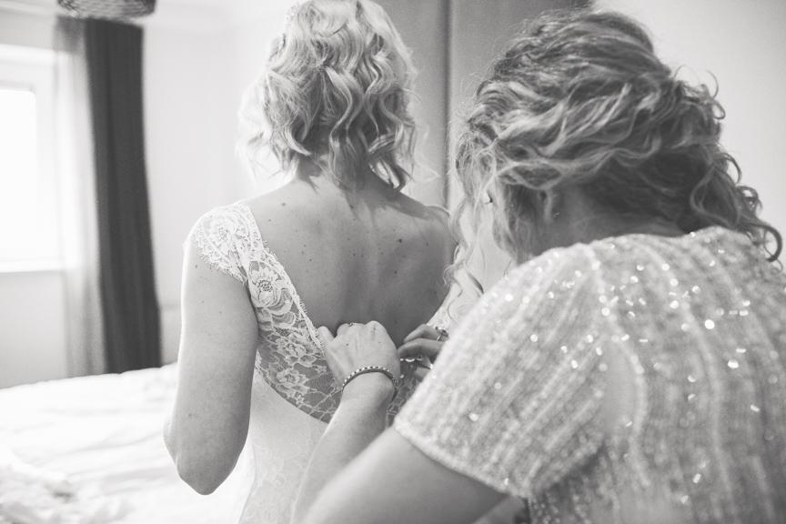 Bridal_prep-1042.jpg