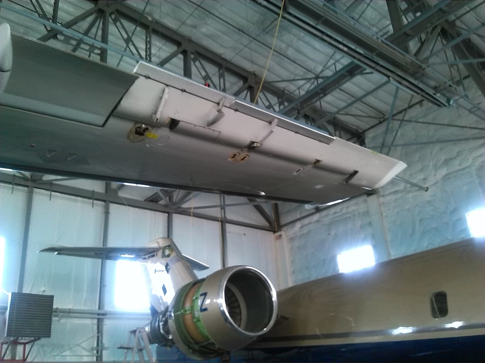 MSN 4010 AILERON IN INSTALLATION PROCESS.jpg