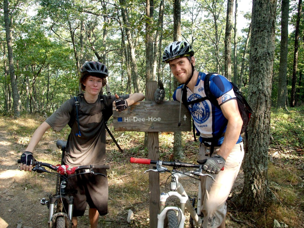 Thumbs up Mountain Bikers.JPG