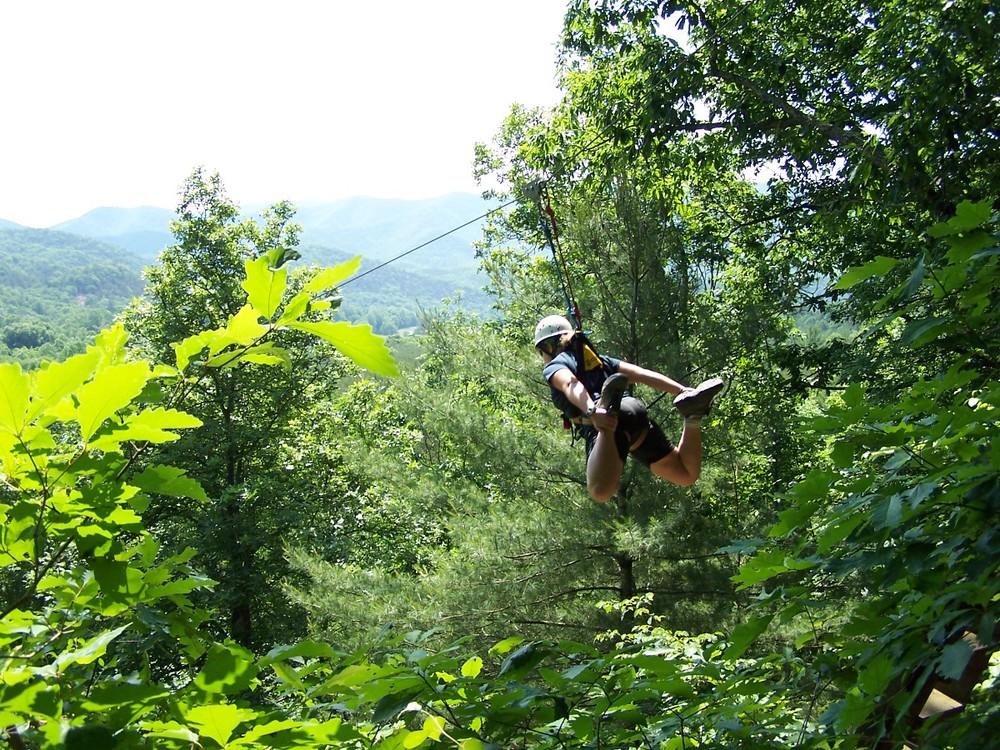 flying squirrel zip liner.JPG