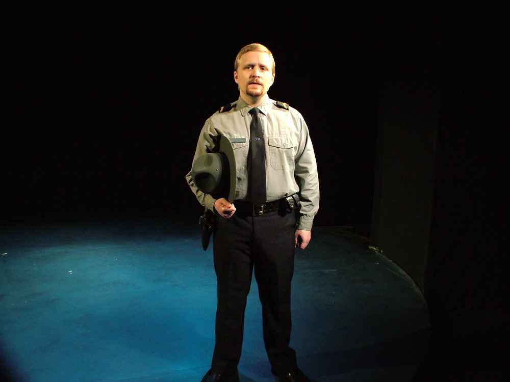"David DelGrosso as Cop in ""When Is A Clock"" (2008)"