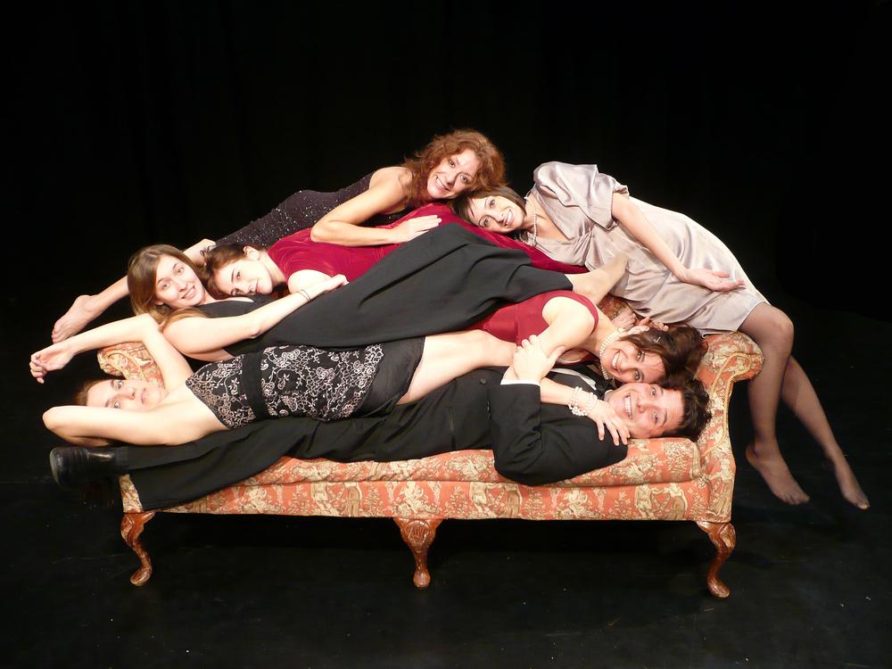 Alexis Sottile, Anna Kull, Moira Stone, Jennifer Gordon Thomas, Kina Bermudez, Maggie Cino and Sean Kenin in Exposition (2009)