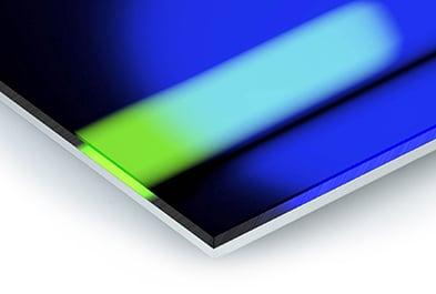 DIASEC® - Collector's item(vanaf €550 excl. btw)Dit is het neusje van de zalm. Met een gepatenteerd chemisch proces wordt de foto tussen 2 lagen acryl glas gefixeerd. Door de andere lichtbreking van het acryl is de foto scherper, de kleuren zijn levendiger én uw print is levenslang beschermd tegen uv-licht. Diasec wordt in glanzende afwerking aangeboden, eveneens met aluminium ophang-profielen.