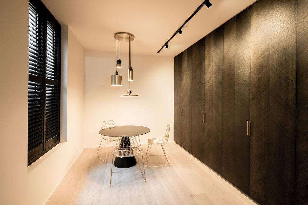 Showroom-004.jpg