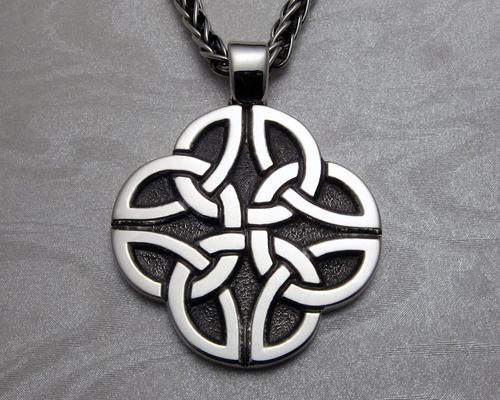 Celtic, Dara knot pendant, custom made.
