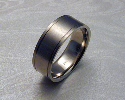 8mm wide brushed band.