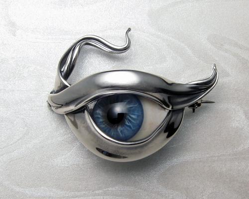 All Seeing Eye - Glass eye brooch.