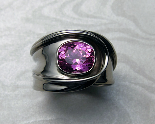 Fluid, free-form, right hand ring.