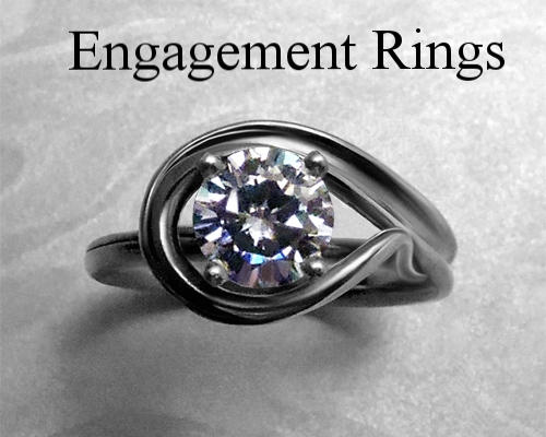 very_unique_engagement_ring_set.jpg