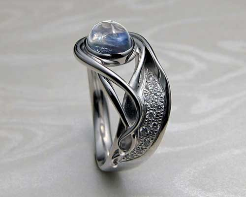 Blue moonstone, Pave diamonds