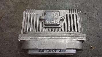 An_ECM_from_a_1996_Chevrolet_Beretta-_2013-10-24_23-13.jpg