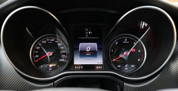 speedometer-2655034_640.jpg