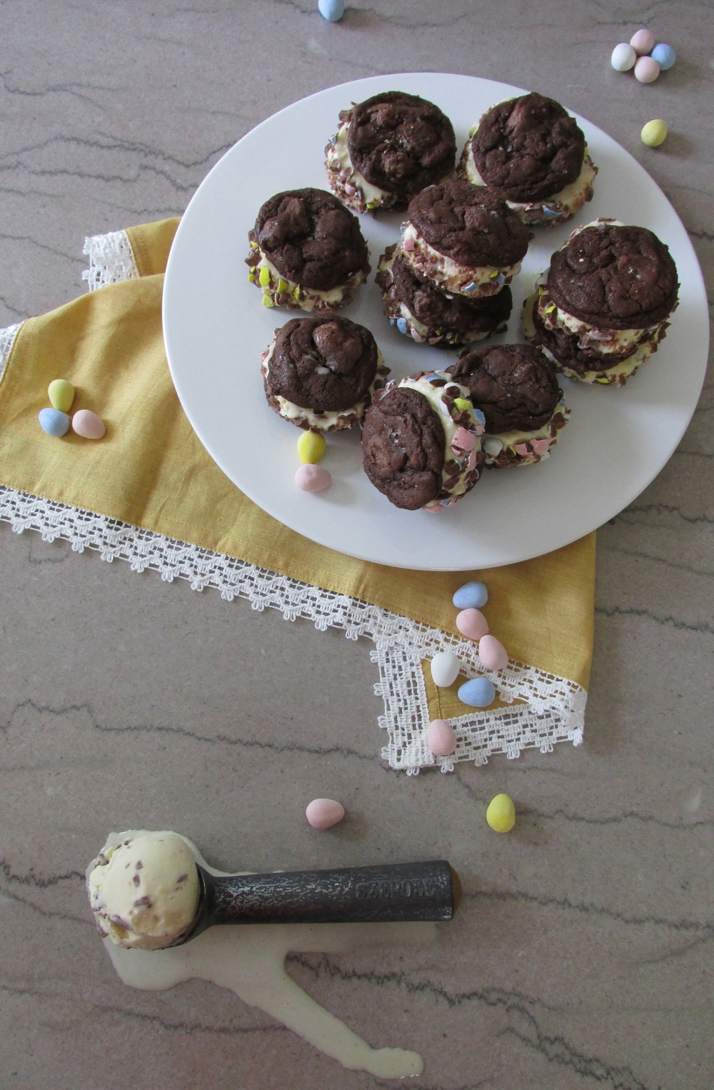 Mini Cadbury Egg Dessert.jpg