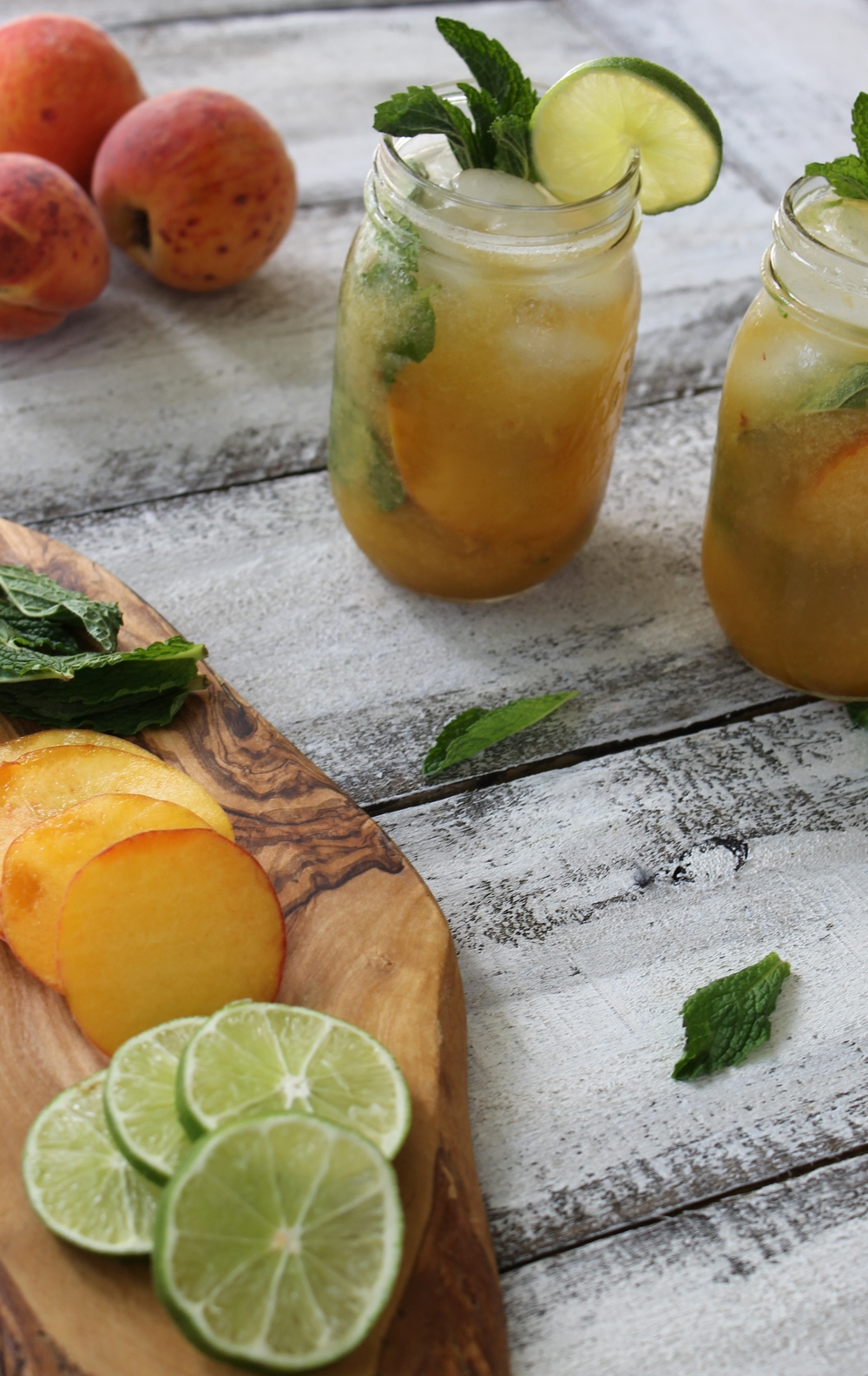 louisiana peach mojito.jpg