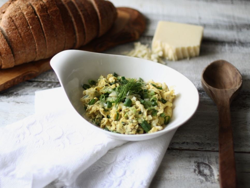 Green Onion, Dill, and White Cheddar Scramble