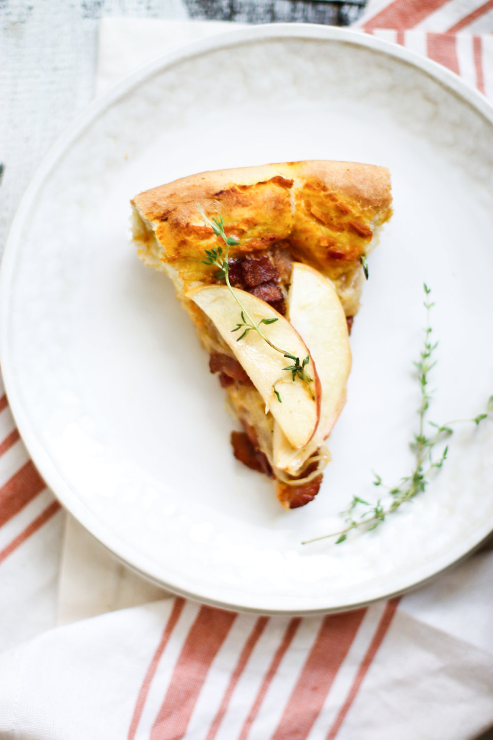 Apple, Bacon, and Pumpkin Pan Pizza with Caramelized Onions: My Diary of Us