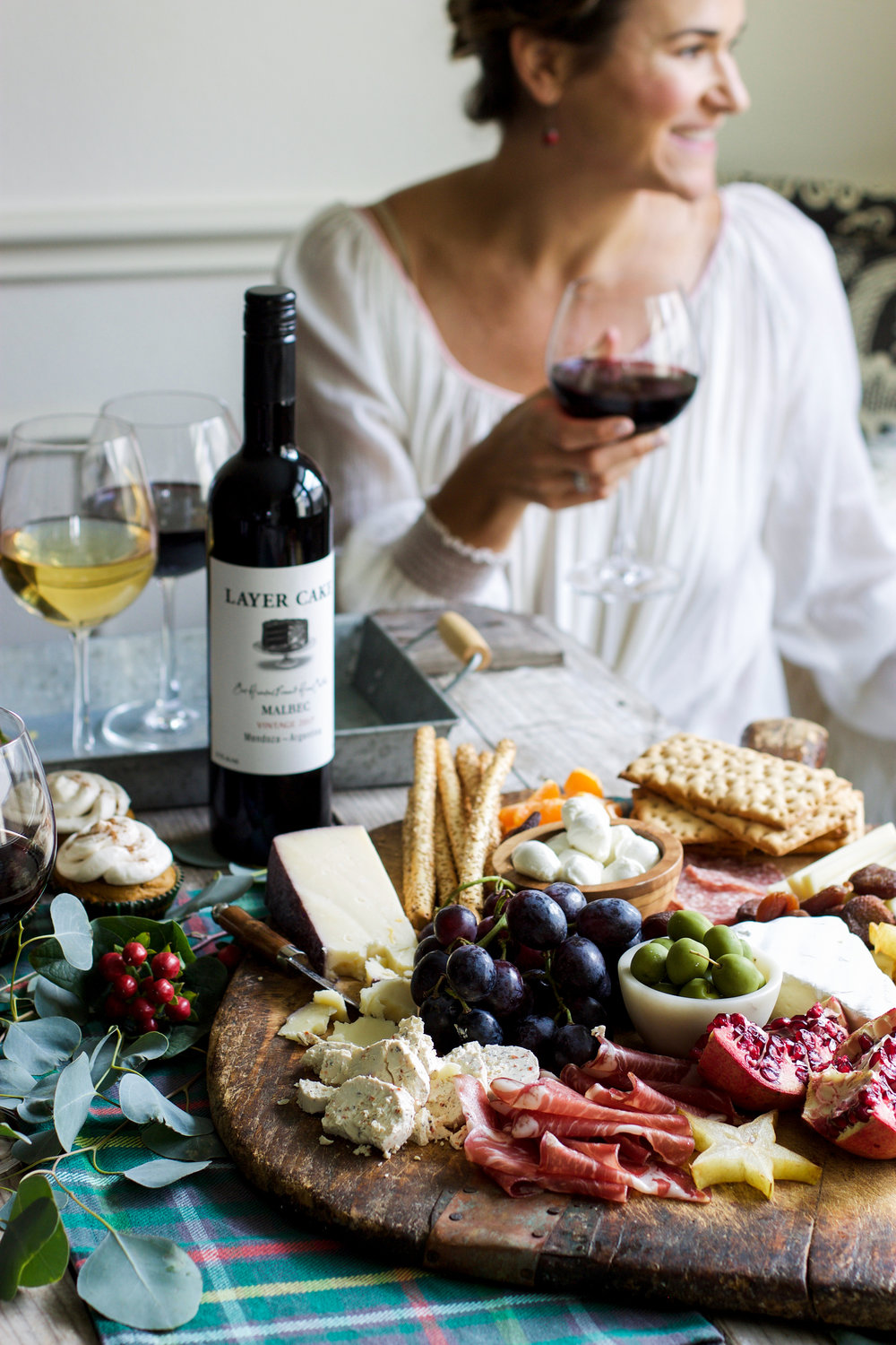 Holiday Entertaining Made Easy: My Diary of Us