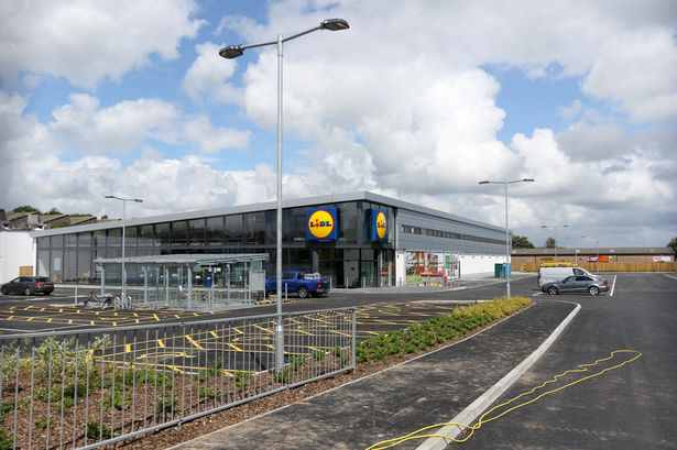 The-new-Lidl-store-in-St-Austell.jpg