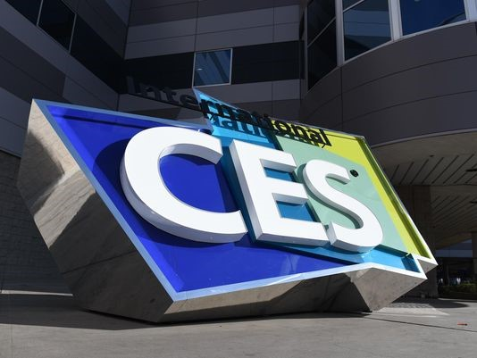 The Internet of Things at the Consumer Electronics Show. (Photo: Reviewed.com)