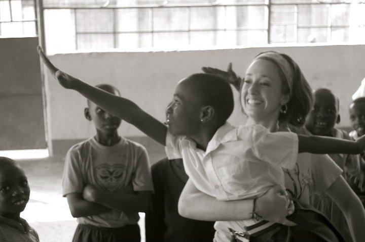 Sra. Panzica en África