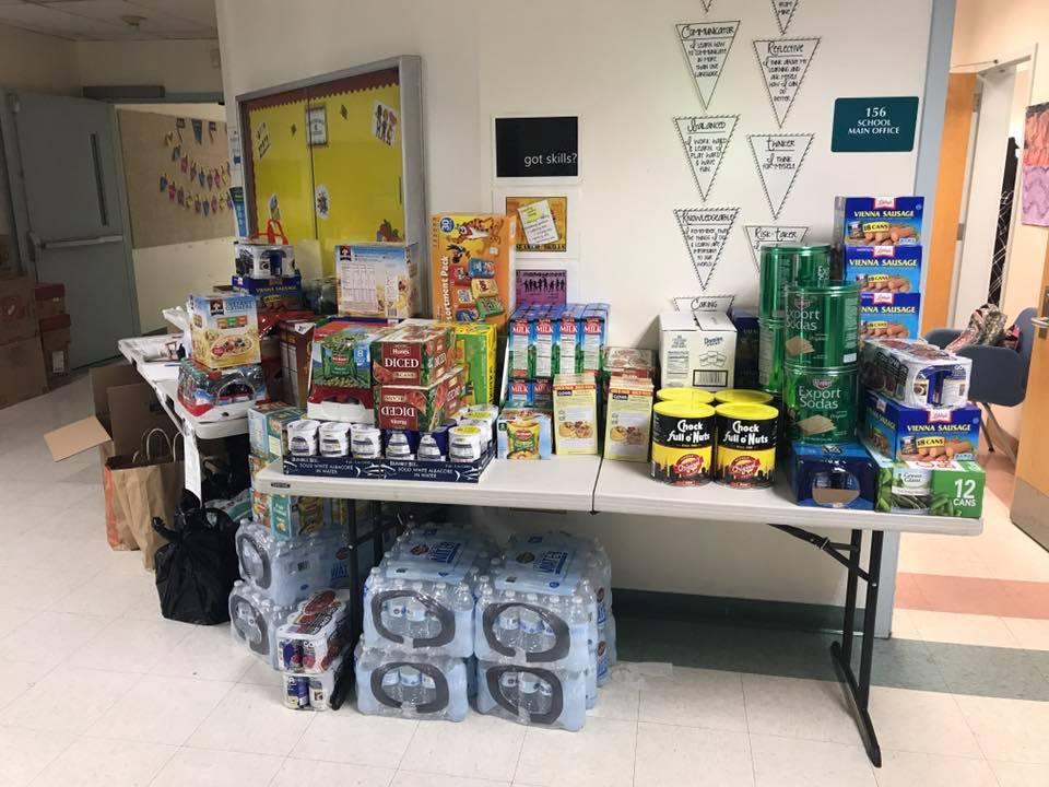 Donaciones de la familia de GCCS para nuestros amigos necesitados.
