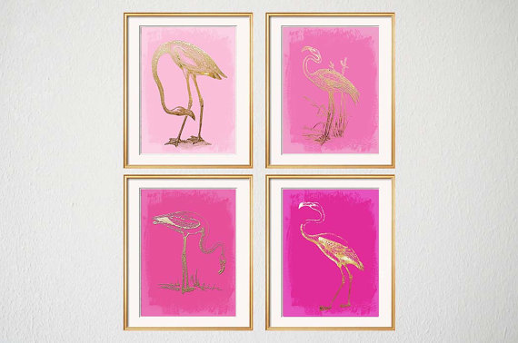 I'm crazy about these little pink and gold flamingo prints that I found on  Etsy by Beach House Gallery.   I love all their prints as a matter of fact!