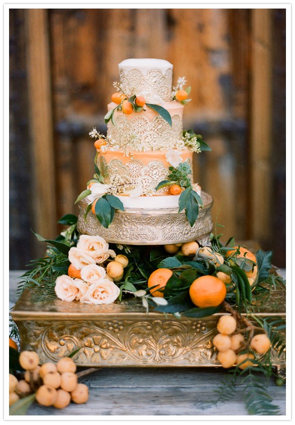 Cake by:    Michele Coulon ,  Photography by:  Stephanie Williams of This Modern Romance