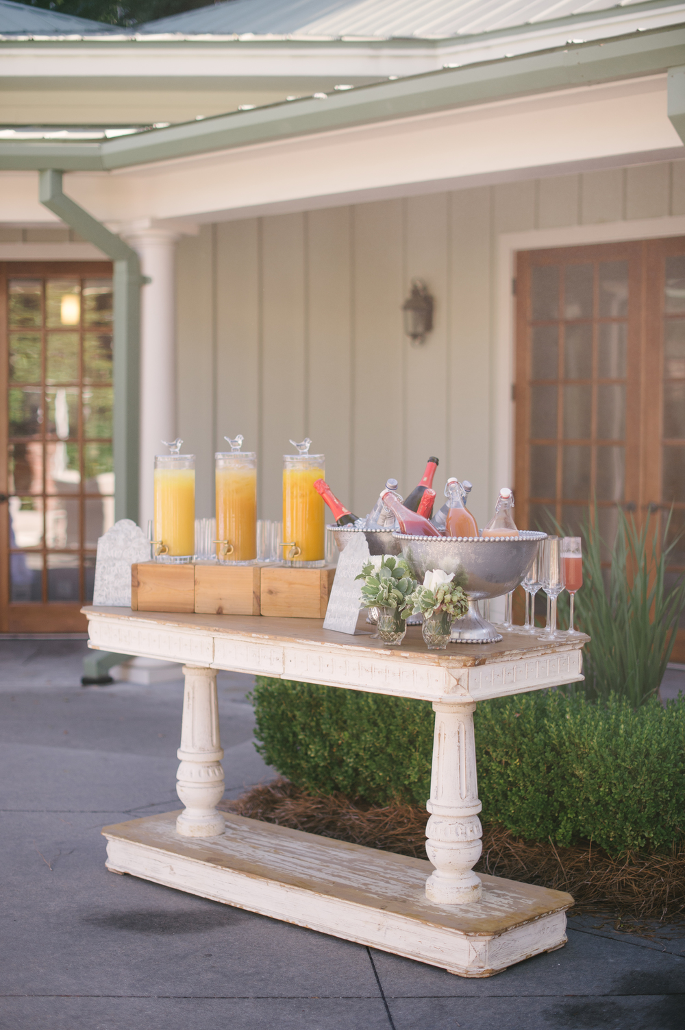 {The mimosa bar compliments of Snyder Events, Polished! and Squeeze On site}