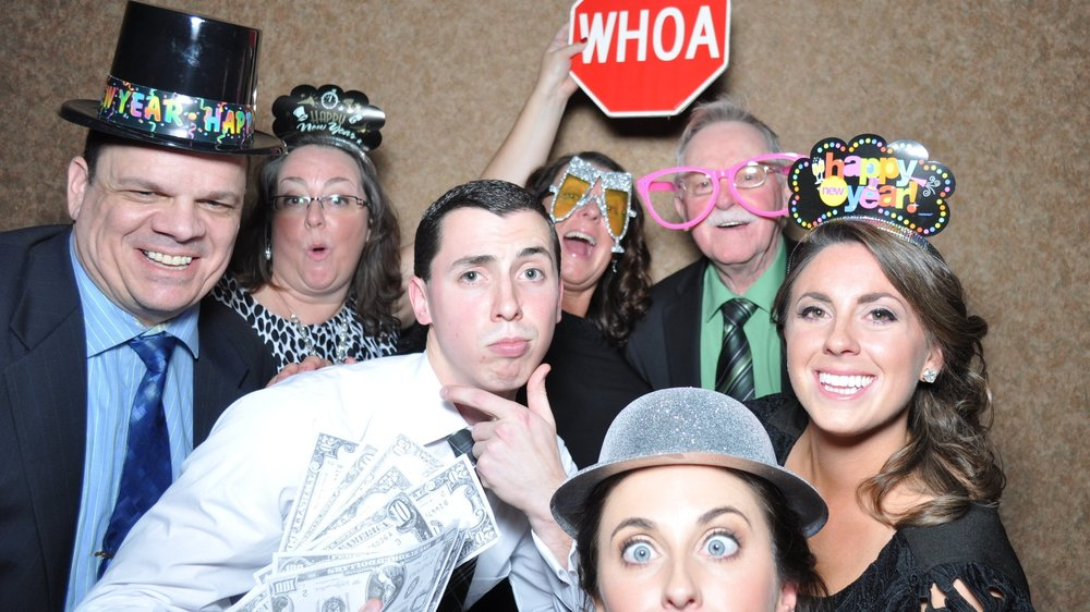 Kellyn & Josh's guests being goofy at their NYE wedding!