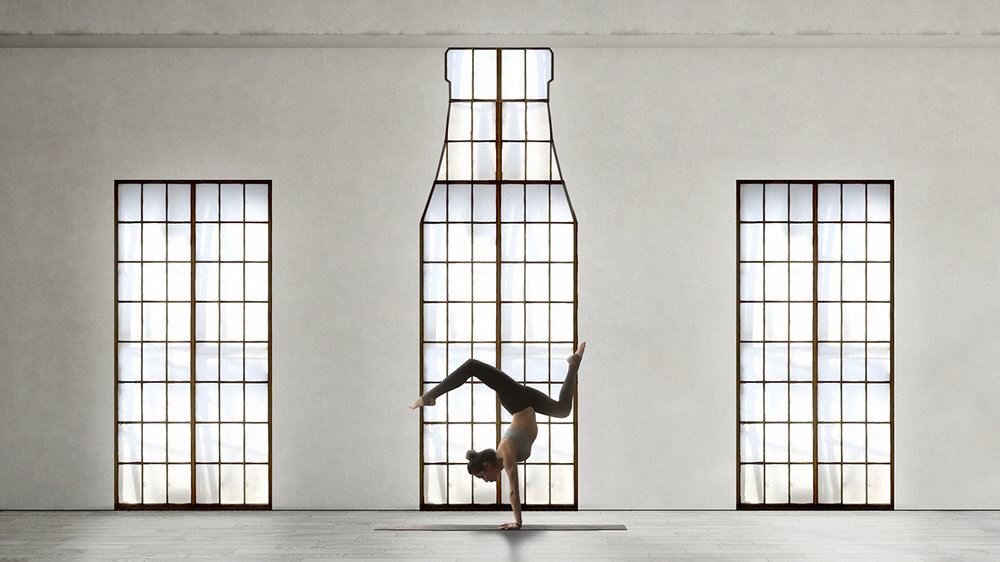 yogawindow_v01.jpg
