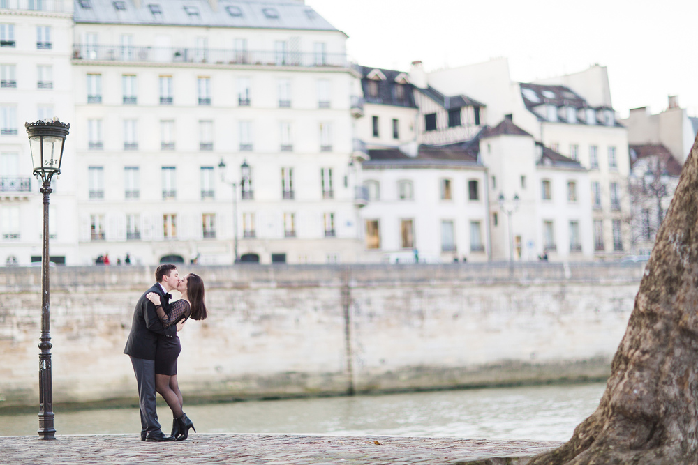 engagement-photographer-paris-21.jpg