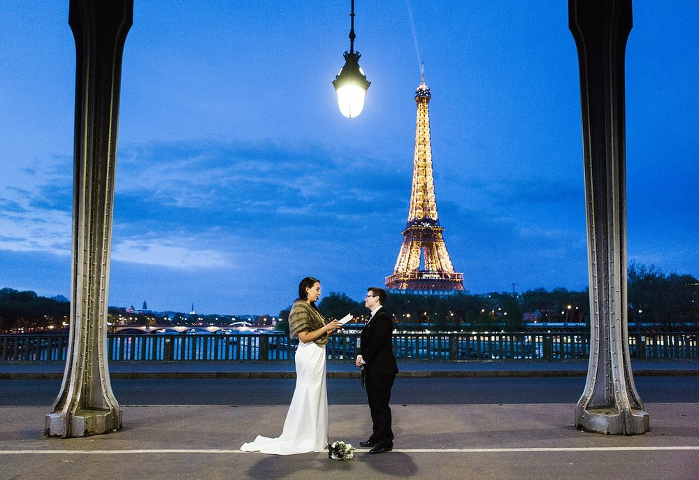 paris wedding photographer.jpg