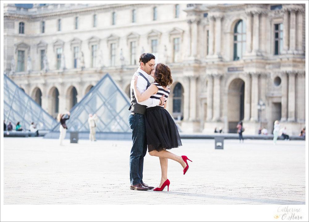 07-paris-engagement-photographer-france.jpg