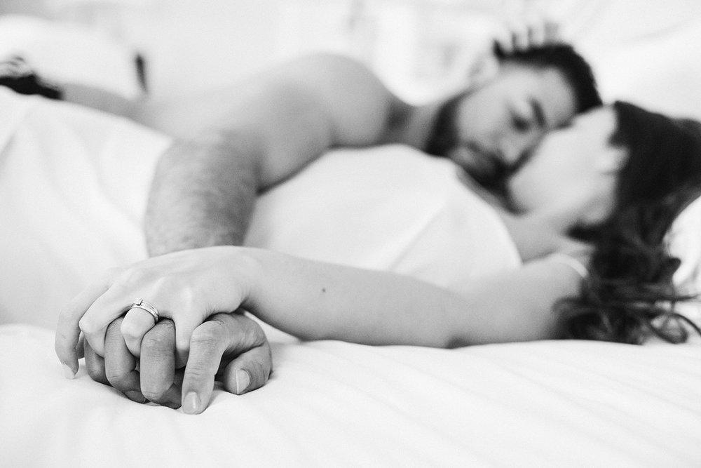 paris-france-couples-boudoir-photographer_0042.jpg