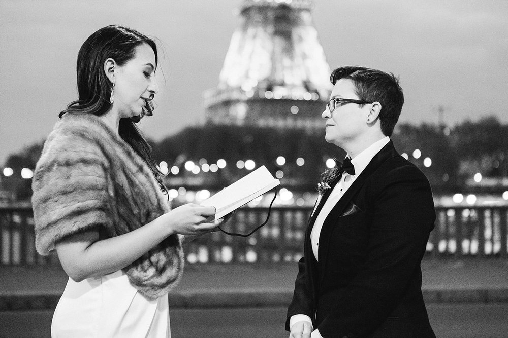 english-speaking-wedding-elopement-photographer-paris-france-302.jpg