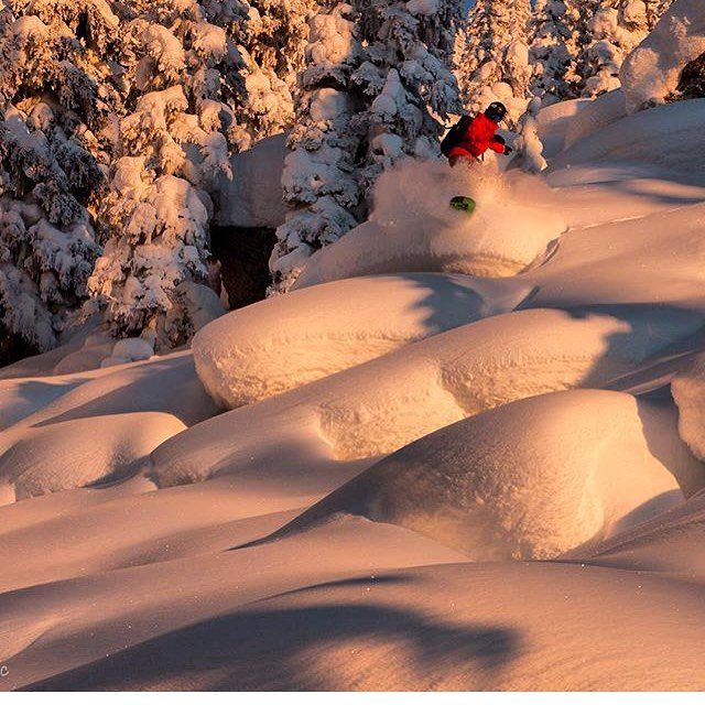 """Alpenglow"" Hey this photo of @saranibz (owner and designer of nibz) shot by @dangerleblanc  is a finalist for the @sparkrandd #sparkadecadedeep photo contest. You can click the link in my profile to vote for me each day if you like what you see. Thanks  friends! #keepwarm #ProtectYourselfFromMotherNature ❤️🙏"