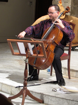 Udi playing a private concert at the Antigua Iglesia de San Francisco de Paula