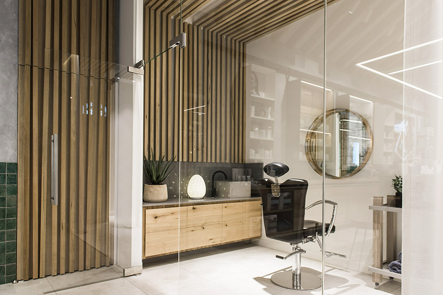 Endoata Spa Chermside. Rooms provide a natural experience, with a nod to a tangible slice of the Mornington Peninsula .