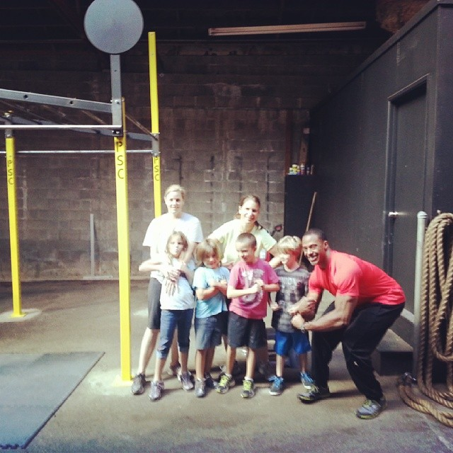 Jerri, Christy, Lucy, Finn, Ezra, Charlie, and I [Family Workout]-November 2013