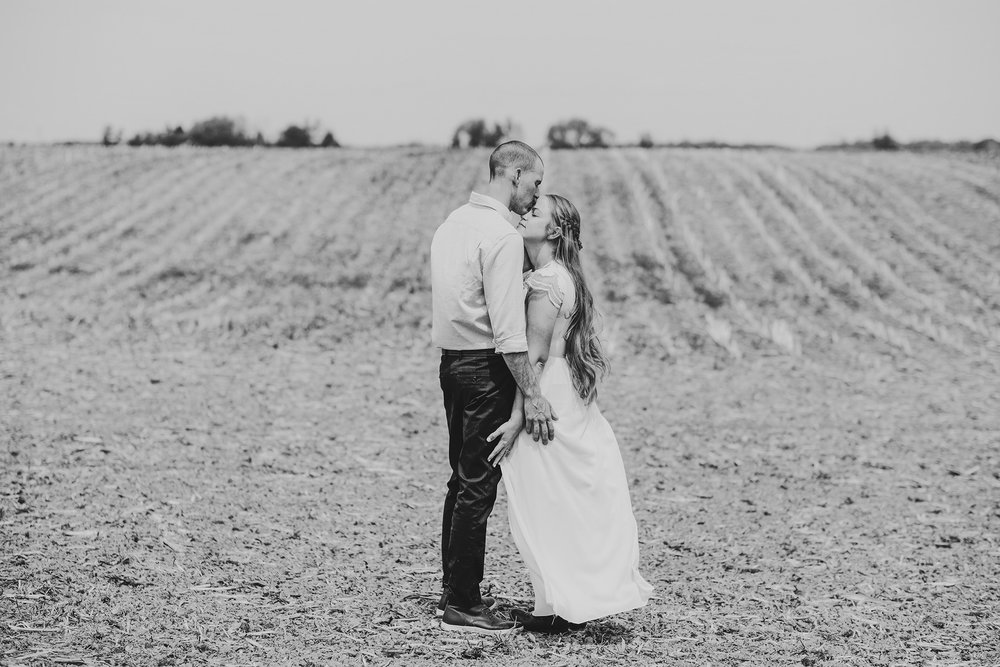 Jodi_Ken_Wedding-154bw copy.jpg