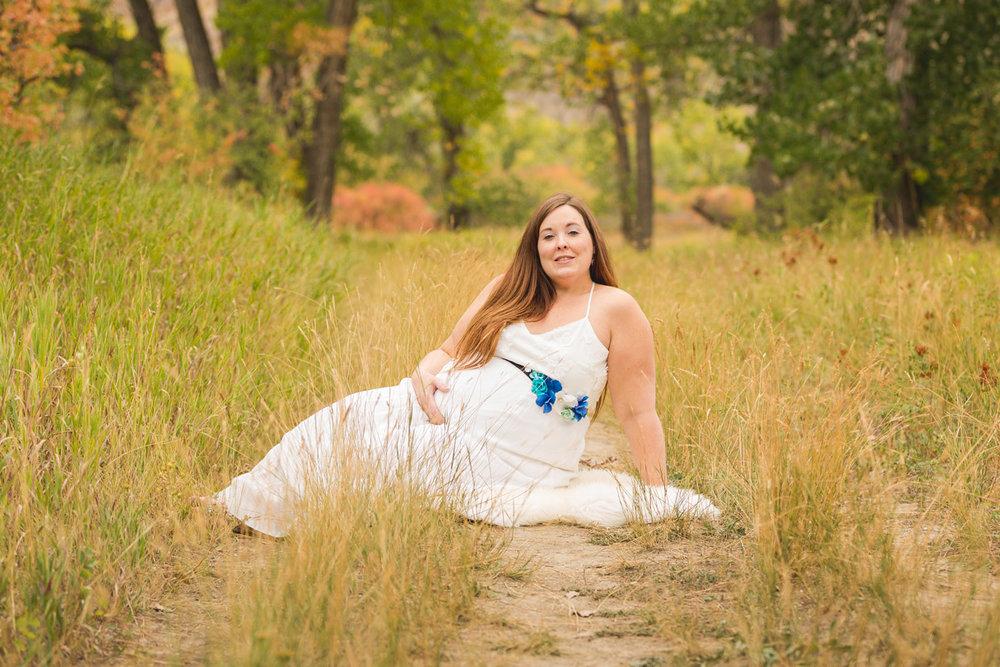 Lethbridge_Maternity_Photographer