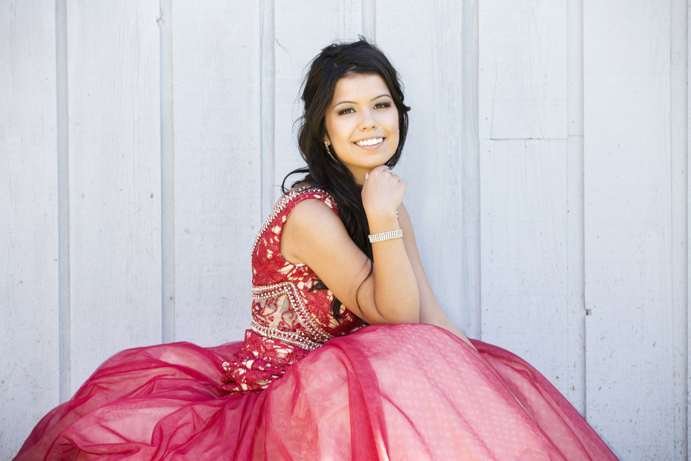 Red_Dress_Grad_Photography_Session