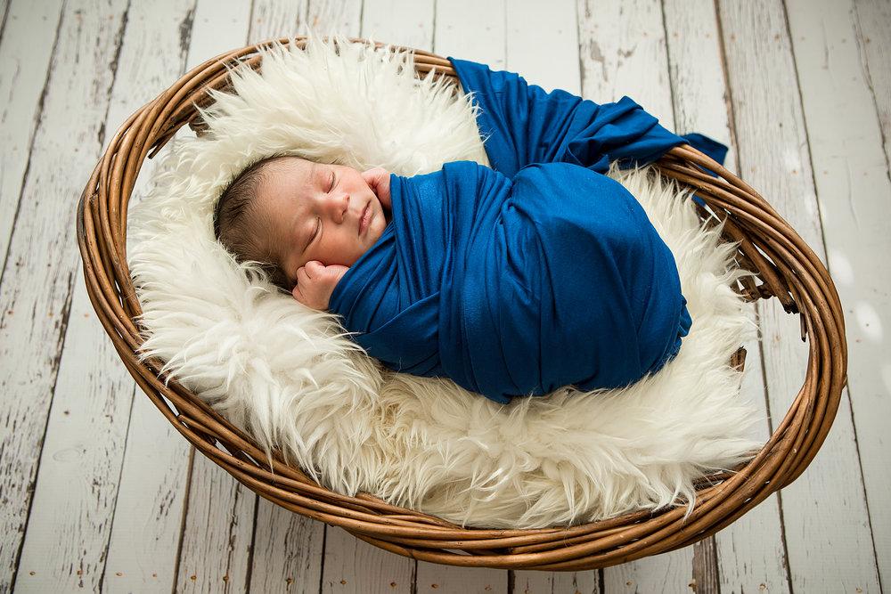 Baby_Infant_Photos_Lethbridge_Photographer