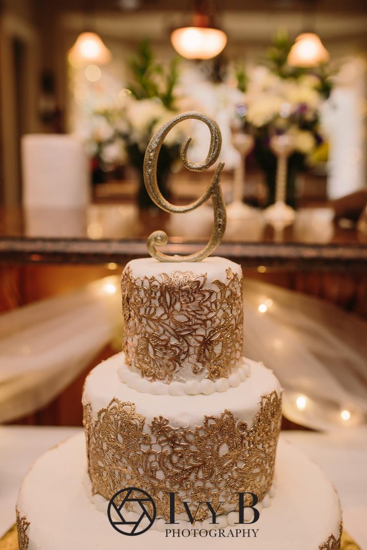 Sonya + Grant::Shreveport, LA New Years Day Wedding — Ivy B Photography